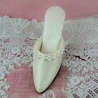 Miniature shoe for decoration