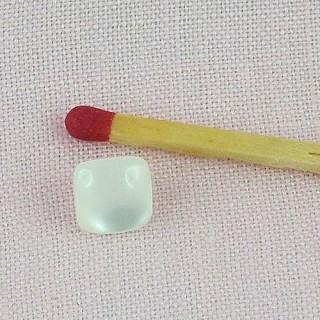 Pearly pequeño pie cuadrado de 7 mm.
