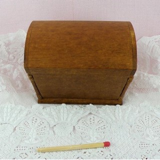 Coffre bois miniature 1/12 maison poupée