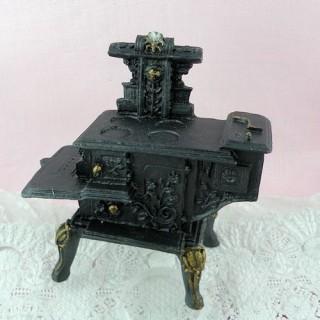 Miniatur-Ofen Hauspuppe 7 cm.