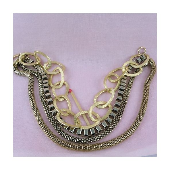 Gold four chains necklace bottom 25 cms