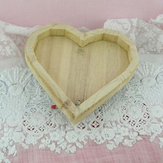 Heart wooden box with magnetic lids
