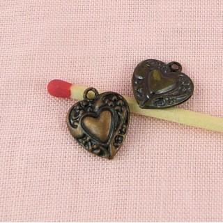 Breloque coeur,Pendentif cœur bombé, bijou poupée, 14 mm.