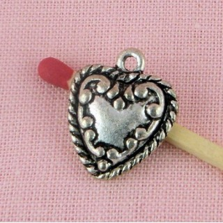 Heart pendant swirl, hammered, doll miniature jewel 17 mms
