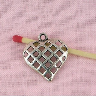 Heart pendant swirl, hammered, 23 mms