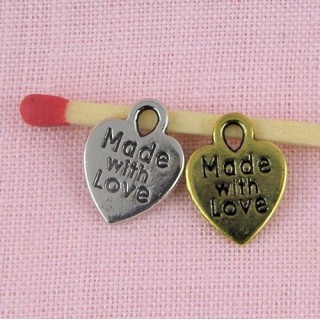 Pendentif coeur étiquette made with love, breloque coeur.