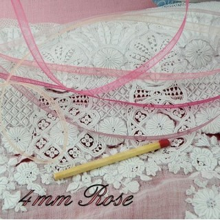 Ruban organdi ROSE 4 mm.