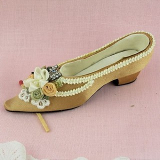 Decorative miniature shoe