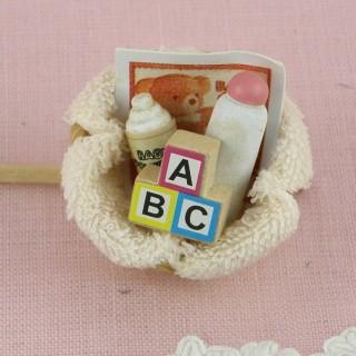 Lot d'accessoires miniatures bébé, livre 2,8cm.