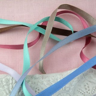 Silk satin ribbon 7 mms