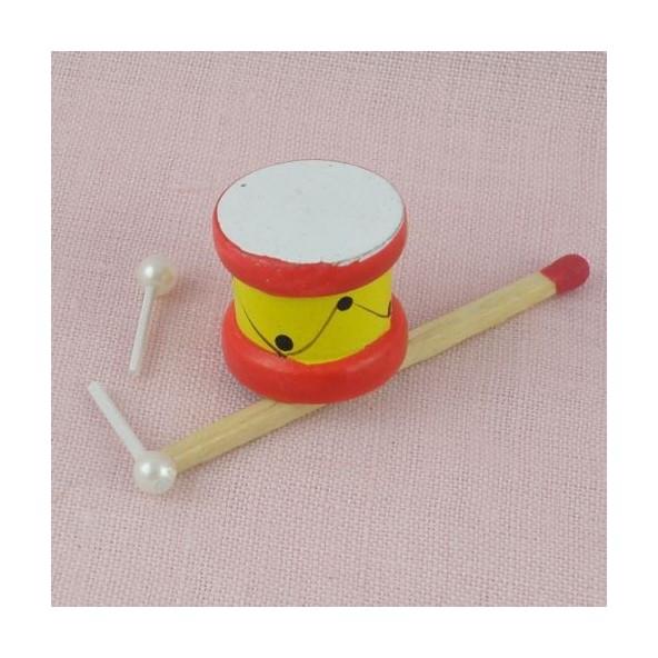 Tambour bois miniature avec baguettes, 1,6cm.