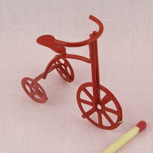 Tricycle miniature for doll, red metal, 45 mms.