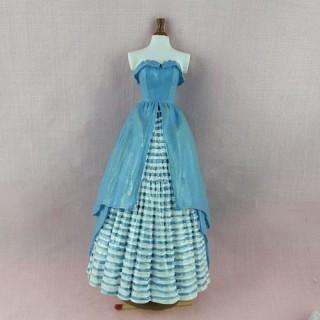 Mannequin couture vitrine miniature maison  poupée