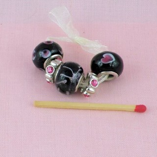 Large hole metal lined beads