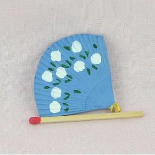 Folding fixed Fan shaped 4 cms, Barbie doll
