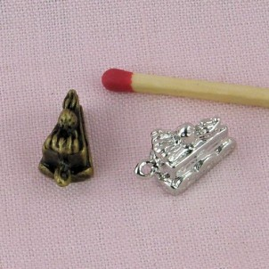 Breloque métal gateau miniature