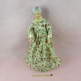 Miniature old lady grandmother doll 1/12, articuled dollhouse grandmother.