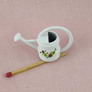 Miniature enameled watering can 25 mms hight