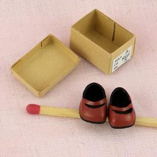 Paire chaussures enfant miniature poupée 1/12