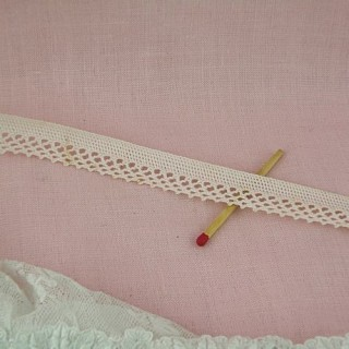 Cotton narrow lace trim  border with hoop , 8mms