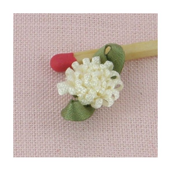 Small 9mms rose ribbon with green leaves, 26 mms