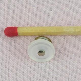 Bouton bottine métal àpied 9 mm.