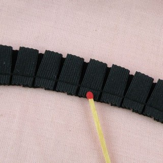 Grosgrain ribbon pleated braid 26 mms