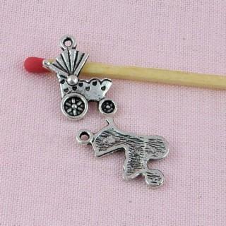 Cheval à bascule métal, breloque, pendentif, charms 1,7 cm.