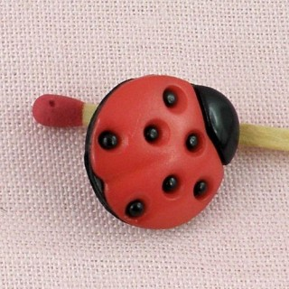 10 Shank small ladybuggs buttons 1cm.
