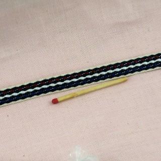 Galon brodé coton brodé 1 cm.
