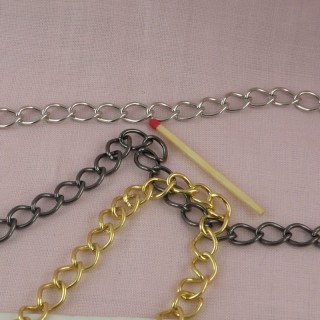 Metal curb chain jewelry making by meter