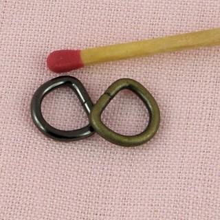 Demi anneau, métal doré D, 0,9cm, 9mm.