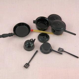 lot ustensiles cuisine miniatures maison poupée métal casserole poele marmite