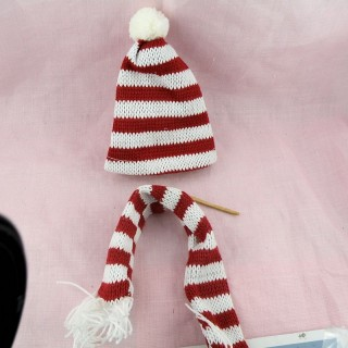 Christmas Knit hat scarf miniature doll 5 cms.