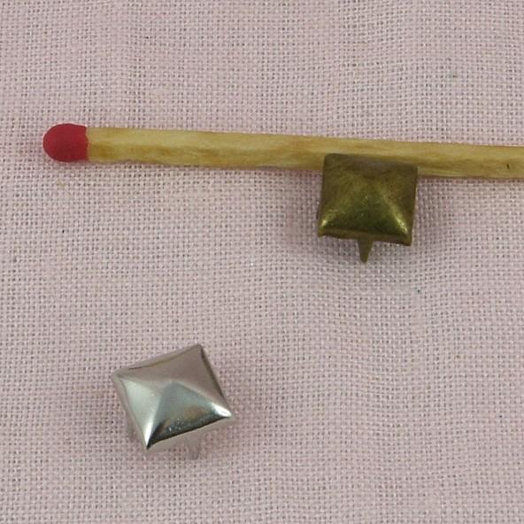 Brass Pyramid Studs Rock spikes spots 9 mms