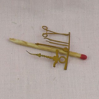 Dentiste instruments miniature maison poupée