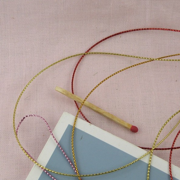 Metallic gold cord 2mm.