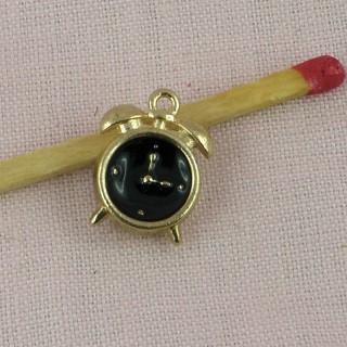 Pendentif montre gousset, bijou poupée, 1,5 cm.