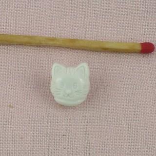 Bouton chat deux trous 12 mm .