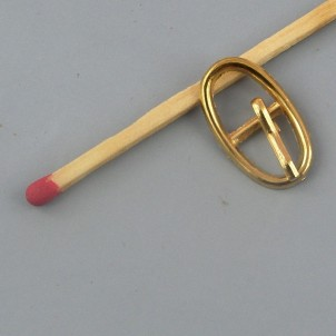 Petite Boucle métal ovale ardillon ceinture poupée.