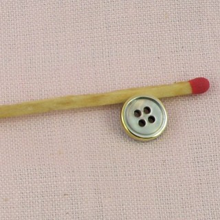 Mother of pearl Button 1 cm edged