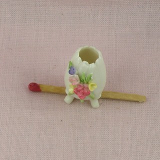 Ceramic flower vase doll house miniature , 3cm.
