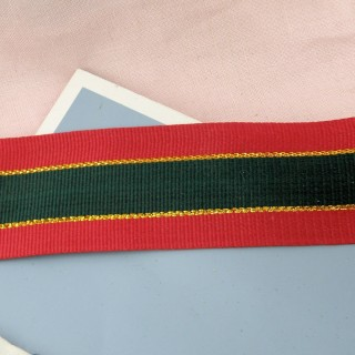 Grosgrain ribbon green and red with a golden thread 4 cms.