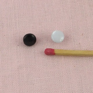 Perlmutterartiger Knopf zu Fuß 6 Millimeter.