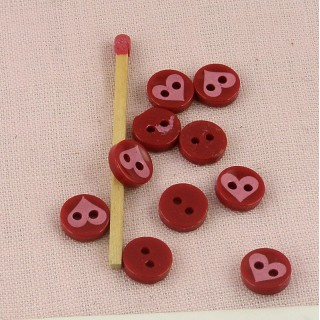 Round button two holes with printed plaid 1 cm.