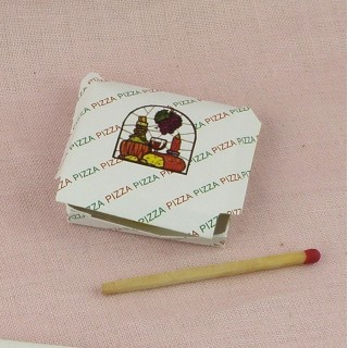 Delivery pizza box doll miniature, 3,5 cms.