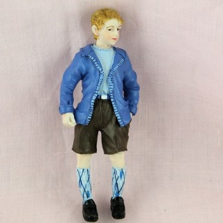 Statuette young man