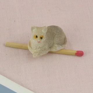 Chat miniature maison poupée, 2 cm.
