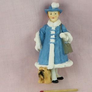 Statuette style Hummel dame au chien