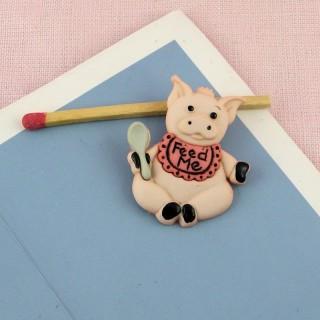 "Botón de cerdo de granja animal con cuchara ""diversión""."